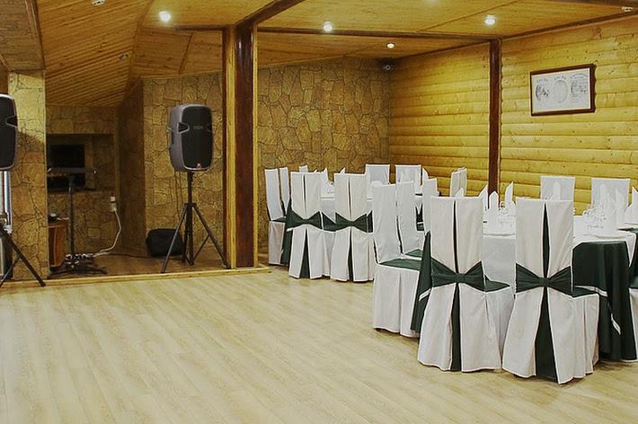 Фото №2 зала Деревянный зал