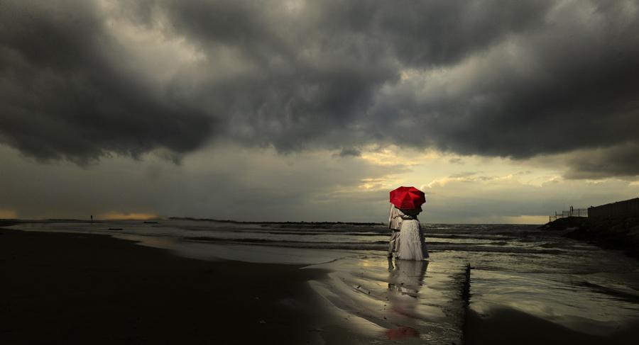 by Victor Vertsner - Wedding Bride & Groom