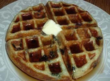 Delicious Buttermilk Waffles