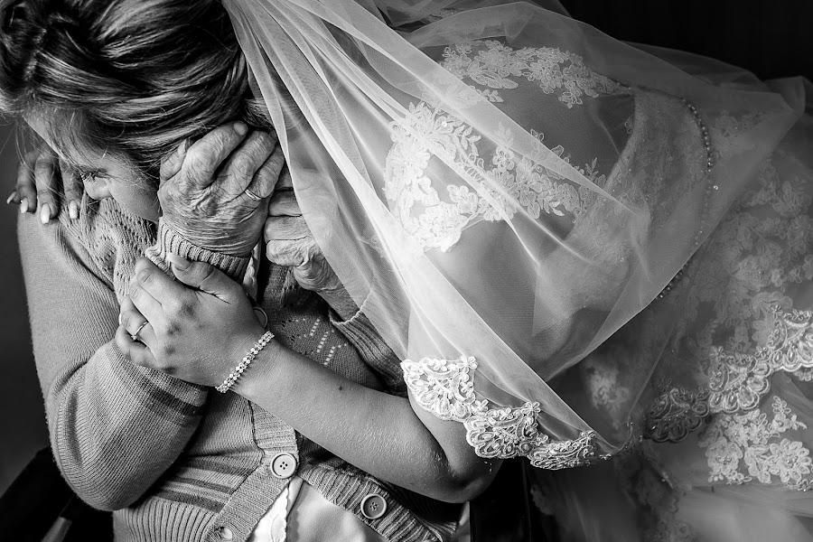 Wedding photographer Claudiu Negrea (claudiunegrea). Photo of 18.08.2017