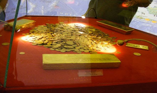 GOLD BARS AND COINS AT BUCHAREST CENTRAL BANK MUSEUM