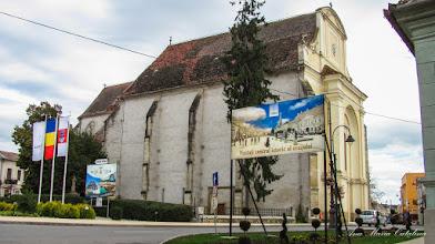 Photo: Crucea mare de piatra si Biserica Romano-Catolica - (2013.09.15)