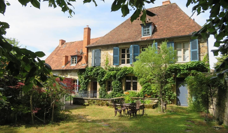 Maison avec jardin et terrasse Pionsat