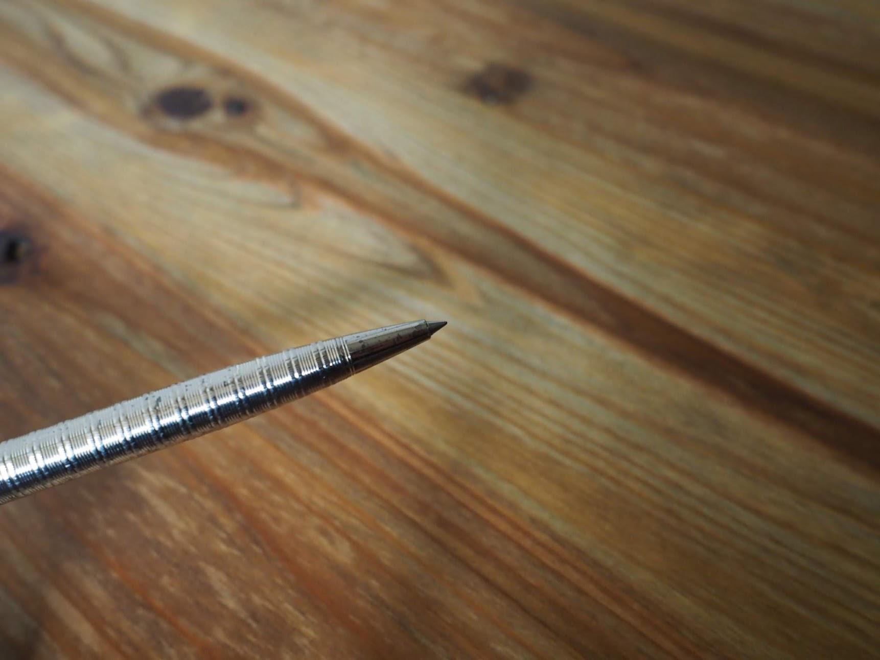 パーカーのボールペンの先