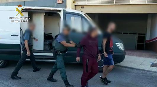 Arrestos de la Guardia Civil, en una imagen fundida por la Comandancia.