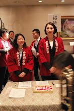 Photo: 受付も落ち着き、写真を頂戴しました。 駒沢先輩、奥野先輩お疲れさまでした!