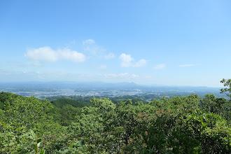 富士山は見えず(中央右に栗ヶ岳)