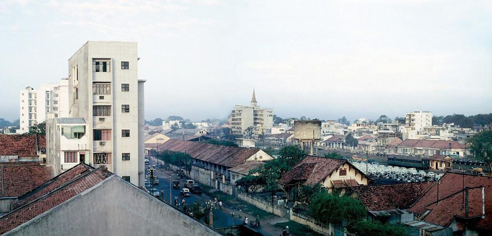 60 tấm ảnh màu đẹp nhất của đường phố Saigon thập niên 1960-1970 - 42