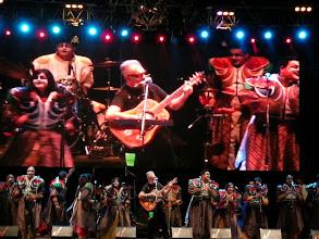 Photo: コスキン祭♪ LEON GIECO  アルゼンチンのフォルクローレ~ロック界の国民的シンガーソングライター。「アルゼンチンのボブ・ディラン」とも言われているんだそう。やっぱカッコ良かった! http://parajunko.blog.fc2.com/blog-entry-87.html