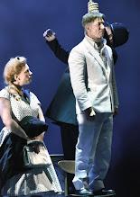 Photo: WIEN/ Theater an der Wien: DIE DREIGROSCHENOPER. Premiere am 13.1.2016. Inszenierung: Keith Warner. Nina Bernsteiner, Tobias Moretti. Copyright: Barbara Zeininger