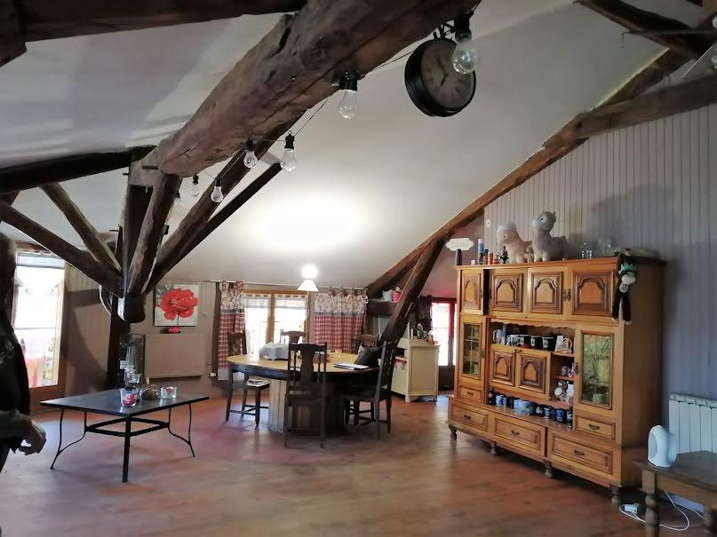 Vente maison 6 pièces 140 m² à Saint-Hilaire-du-Rosier (38840), 199 000 €