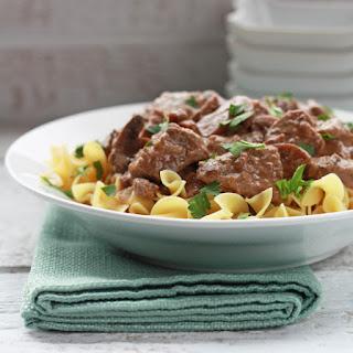 Slow-Cooker Tender Beef and Mushrooms