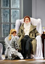 Photo: Wien/  Theater in der Josefstadt: AM ZIEL von Thomas Bernhard. Premiere am 12.3.2015. Therese Lohner, Andrea Jonasson. Foto: Barbara Zeininger.