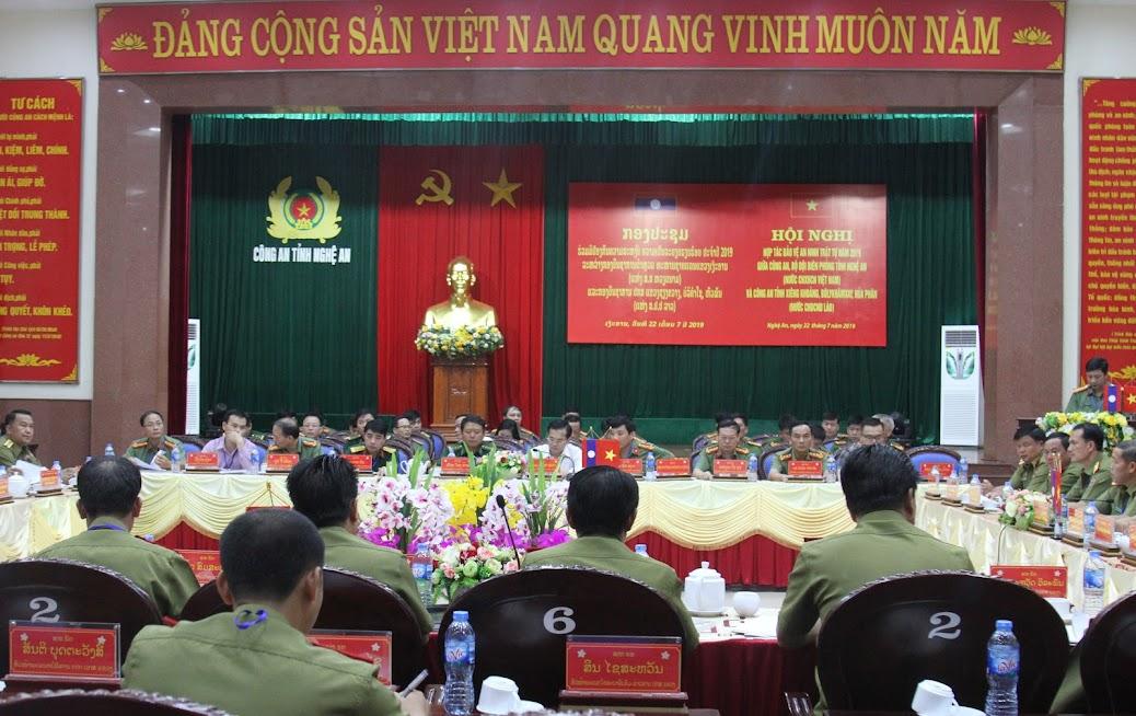 Hội nghị đã tập trung đánh giá kết quả hợp tác bảo vệ ANTT giữa 2 nước trong thời gian qua