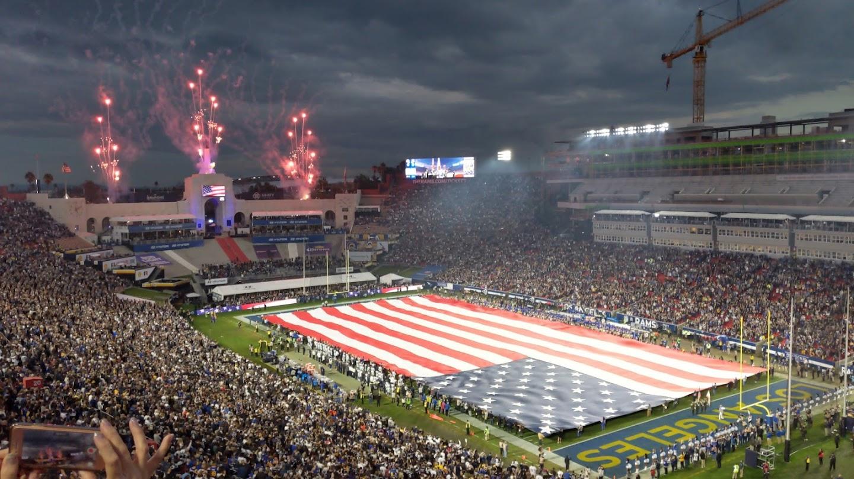 Watch Los Angeles Rams: Horns Forward live
