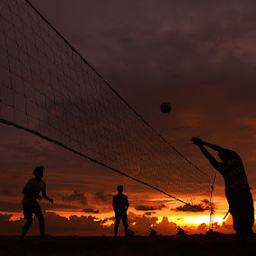 players by Anvar Sadath - Sports & Fitness Other Sports ( acitivity, play, sports, volley ball )