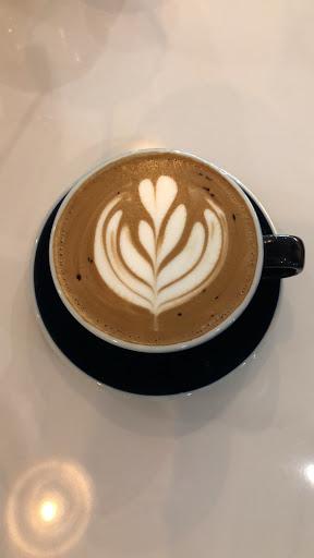 咖啡好喝、環境舒適,外帶還有另外折扣!