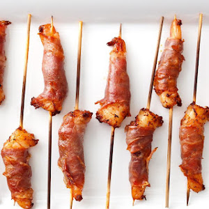 Prosciutto-Wrapped Shrimp with Smoked Paprika