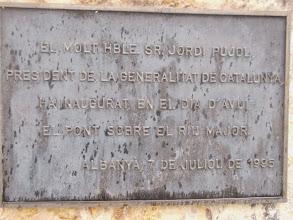 Photo: Plaque inaugurale du pont sur le Riumajor