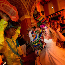 Wedding photographer Aurélien Boué (onelifepictures). Photo of 02.06.2015