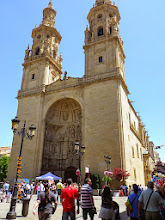 Photo: Cathédrale Santa Maria de la Redonda (15e)