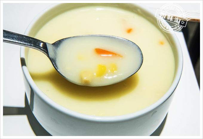 IKEA瑞典餐廳菜單玉米濃湯