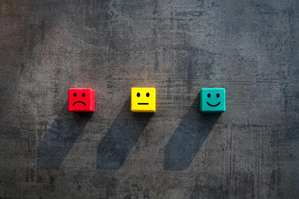 Menjaga retensi pelanggan dapat dilakukan dengan menjaga terlebih dahulu kepuasan pelanggan.