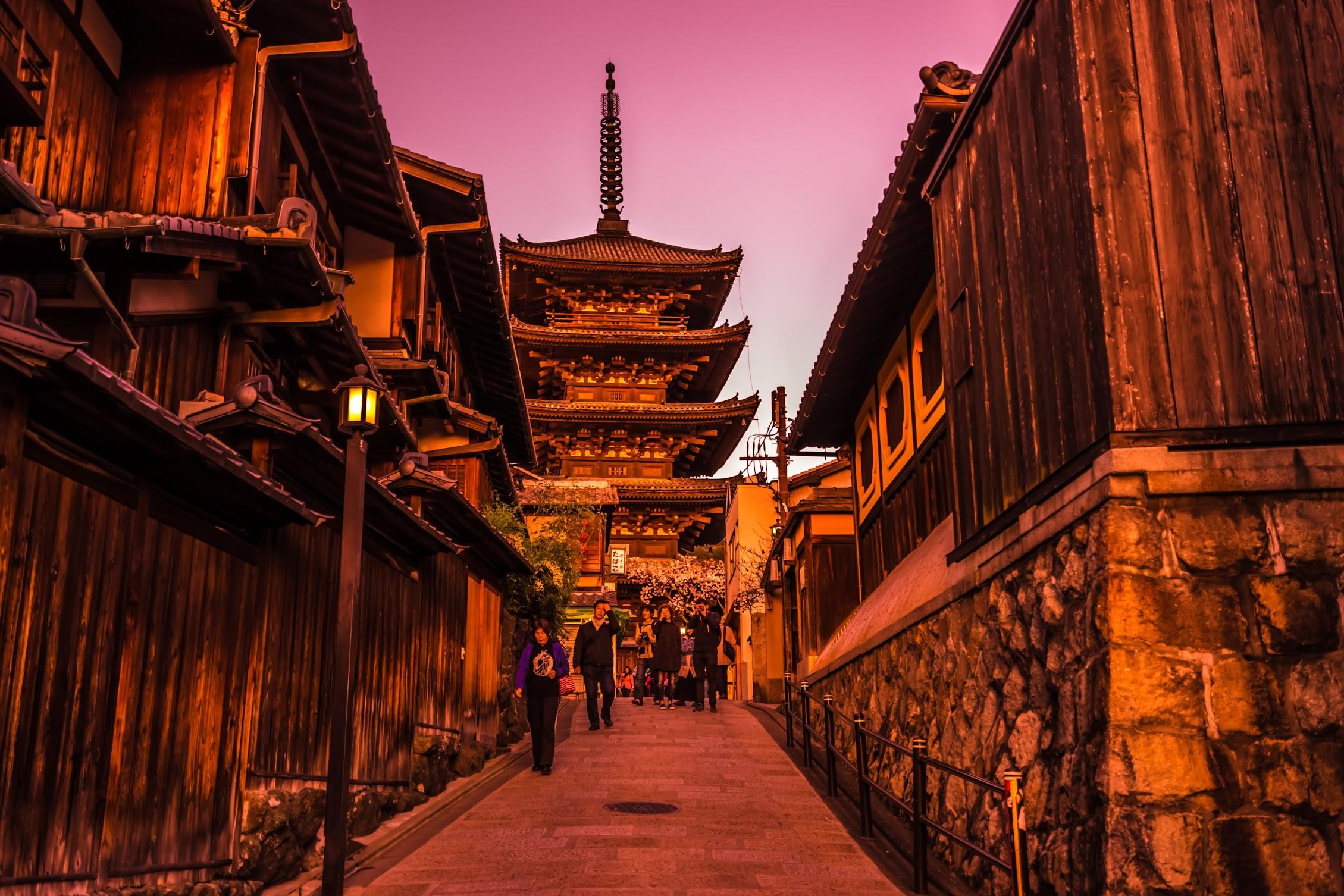 京都 八坂の塔 夕景3