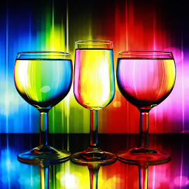 colour in the glass by Peter Salmon - Artistic Objects Glass