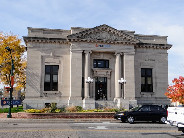 Elkhart, IN: 1905 post office, now PNC Bank
