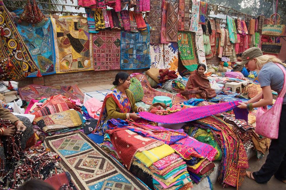 top-things-to-do-in-delhi_gujrati_market_1