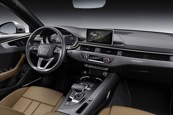 Cabin-of-Audi-a4
