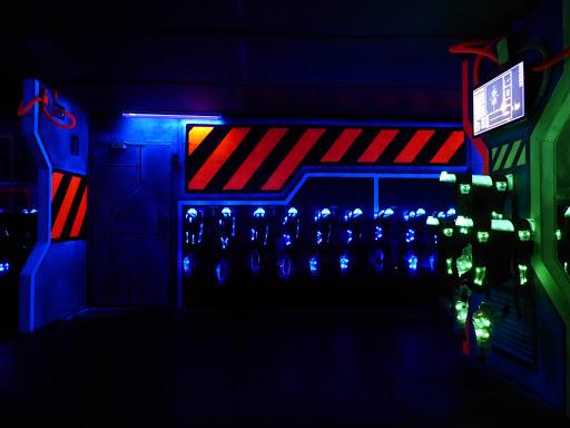 Docks Laser Airlock