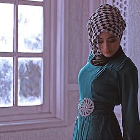 by Reza Njaa - People Fashion