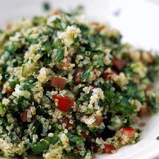 Vegetarian Quinoa Tabbouleh Salad (Gluten-free, Vegan).