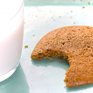 Talkeetna Roadhouse Copycat Ginger-Molasses Cookies (Gluten-Free)