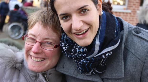 L'Arche à Beauvais accueille des personnes avec un handicap mental qui vivent et partagent leur quotidien avec des assistants.