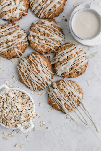 Chewy White Chocolate Oatmeal Cookies with Cream Cheese Glaze