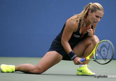 Ex-winnares van Masters Dominika Cibulkova hangt tennisracket aan de haak