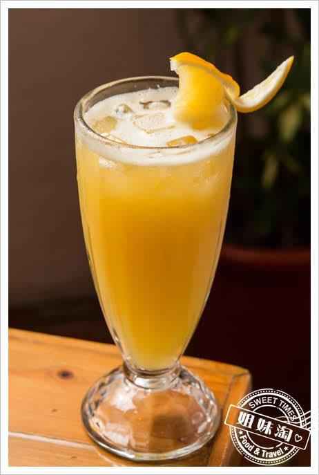 Amy's Cucina阿美披薩店柳橙汁