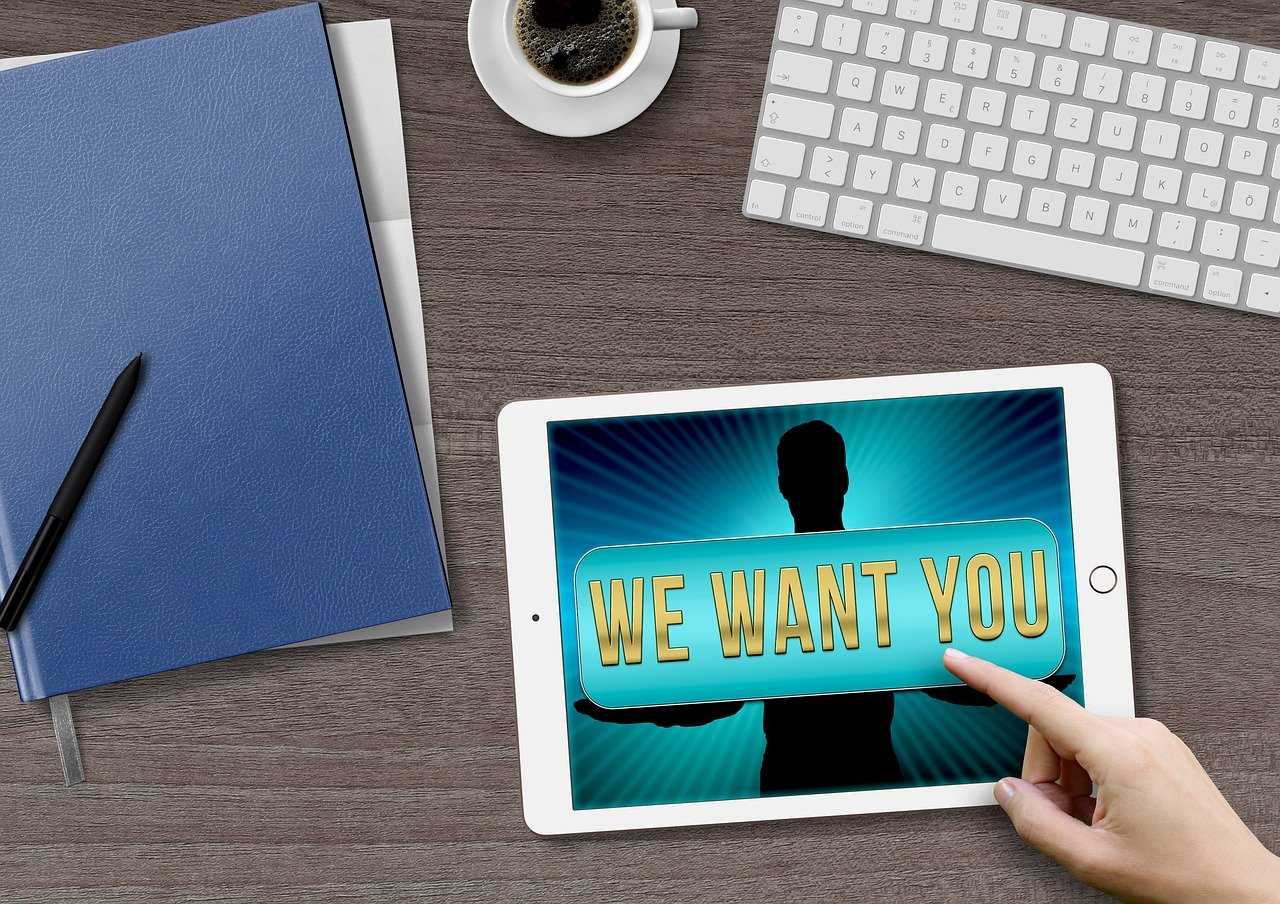 how to attract talent image
