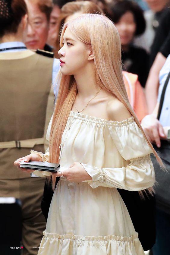 rose shoulder 8