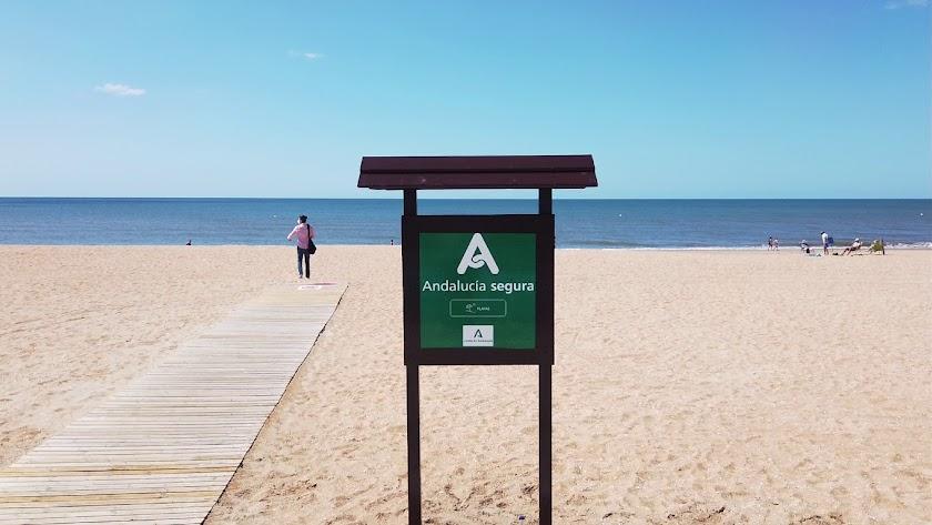 Las playas de Almería, las más seguras de Andalucía frente a la COVID-19.
