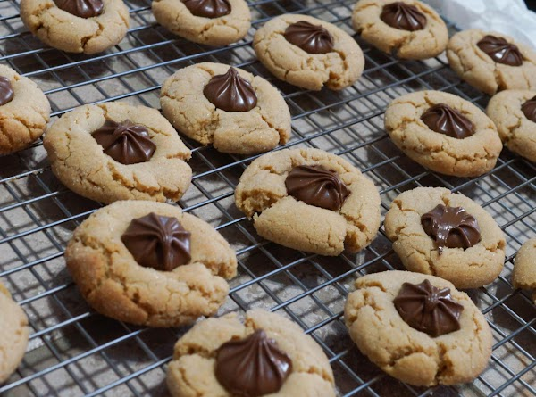 See my blog for step by step photo directions!  http://www.inthekitchenwithjenny.com/2013/12/chocolate-star-cookies.html