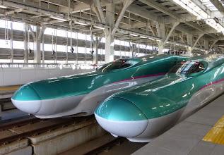 Photo: Hayabusa Shinkansen, Shin-Aomori Station