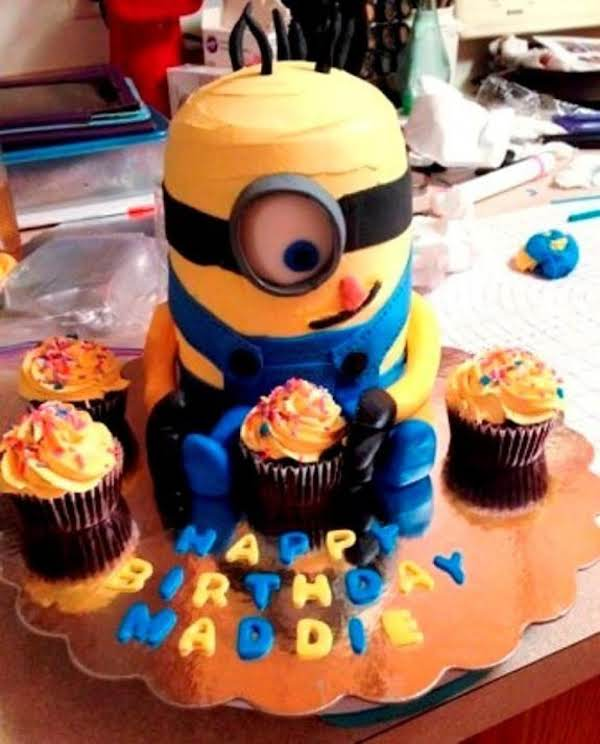 Remarkable How To Make Best Birthday Minion Cake Just A Pinch Recipes Personalised Birthday Cards Veneteletsinfo