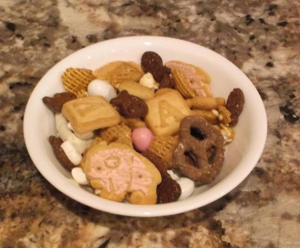 Holiday Snack Mix Recipe