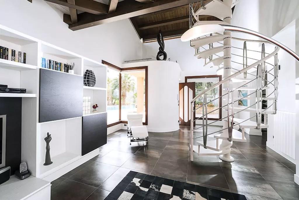 airbnb villa agorà