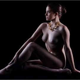 Ash by Clifford Els - Nudes & Boudoir Artistic Nude
