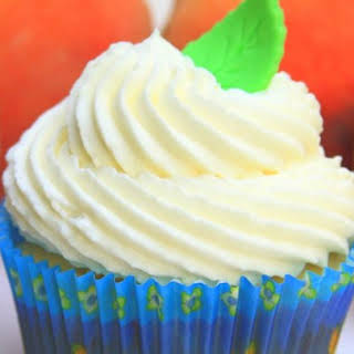 Sturdy Whipped Cream Frosting.